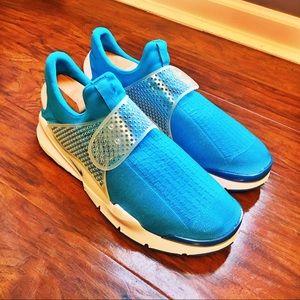 Brand New Nike Sock Dart iD Shoe